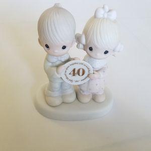 Precious moments 40th anniversary  Figurine